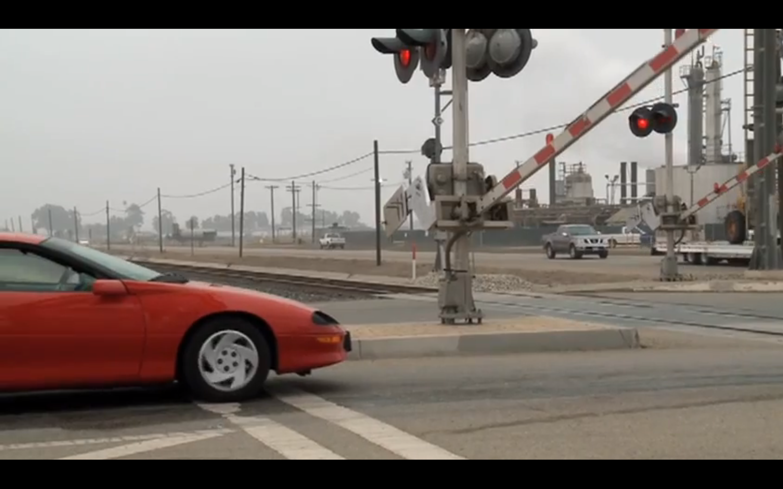 Fleet Safety Video Tip: Driving Near Railroad Crossings