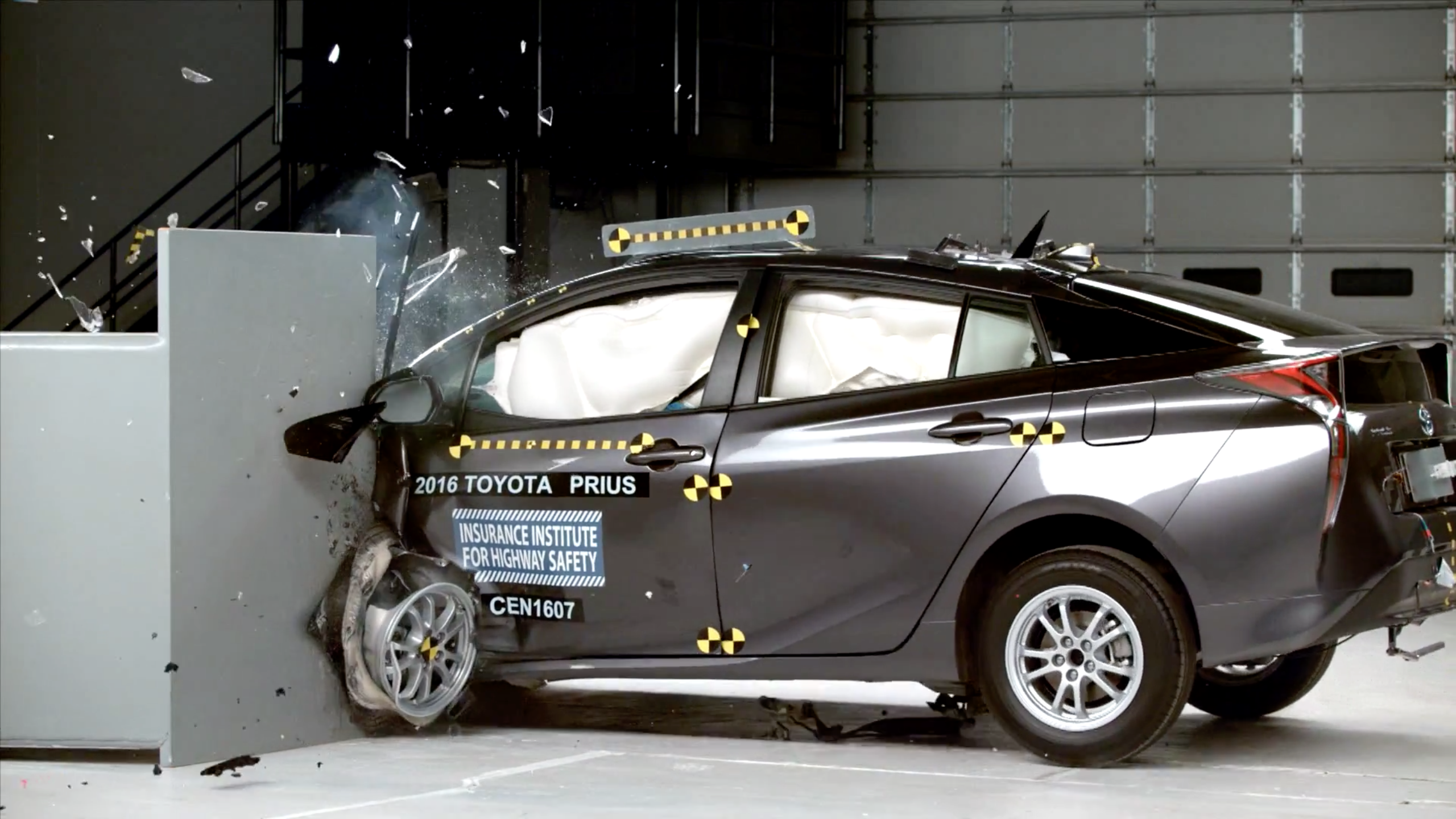 Video: Prius Captures Top Safety Award