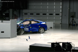 Video: Chevrolet Volt Earns Top Safety Honor
