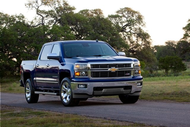 GM Recalls 2014 Pickup Trucks for Steering