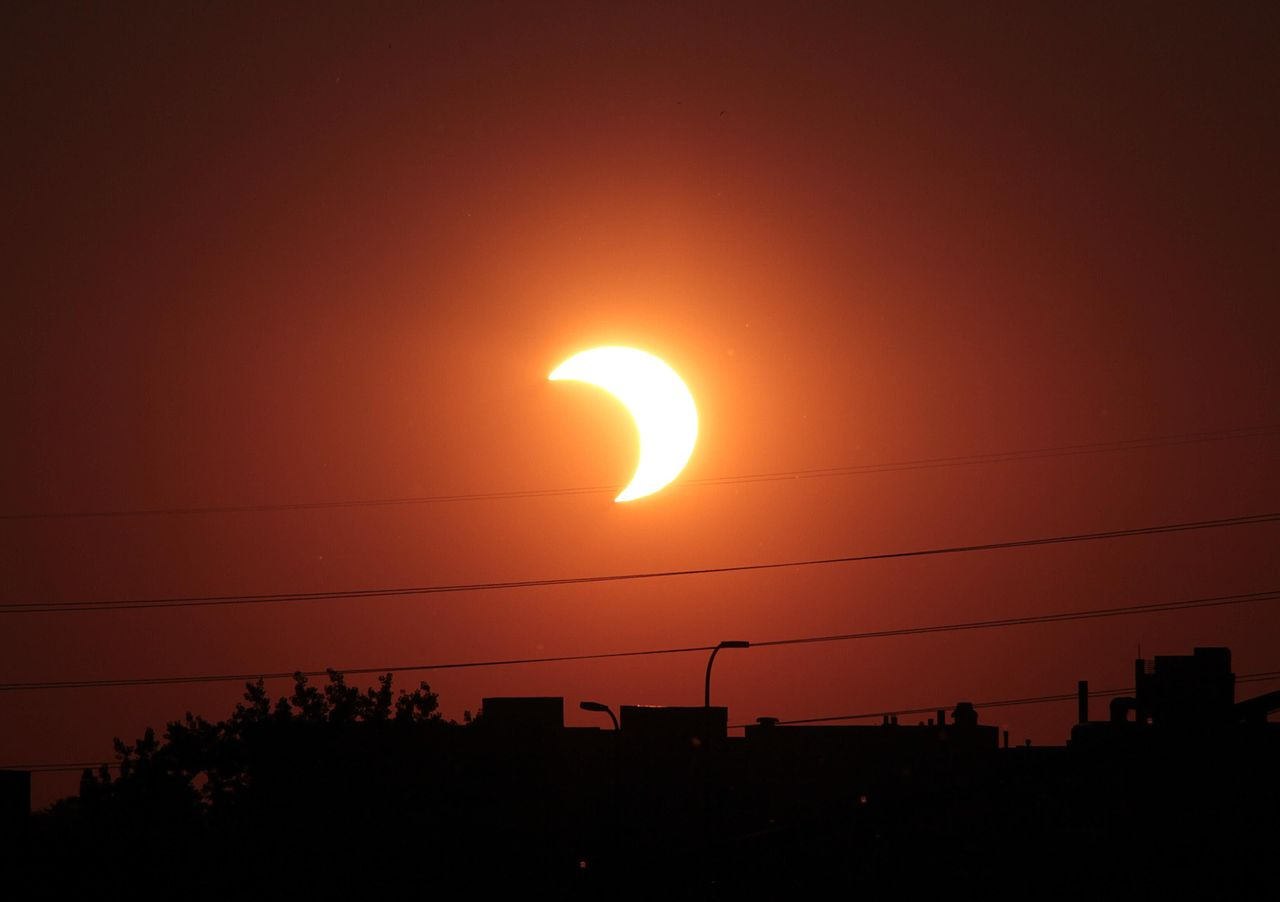 How the Solar Eclipse Will Affect Fleets