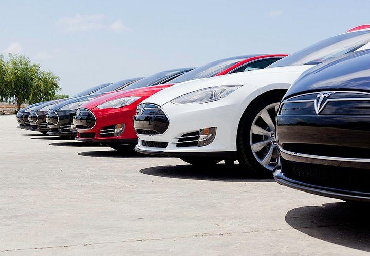 Tesla to Deliver 55K Vehicles in 2015