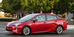 Toyota's Japan Plant Shut Down Delays 2016 Prius
