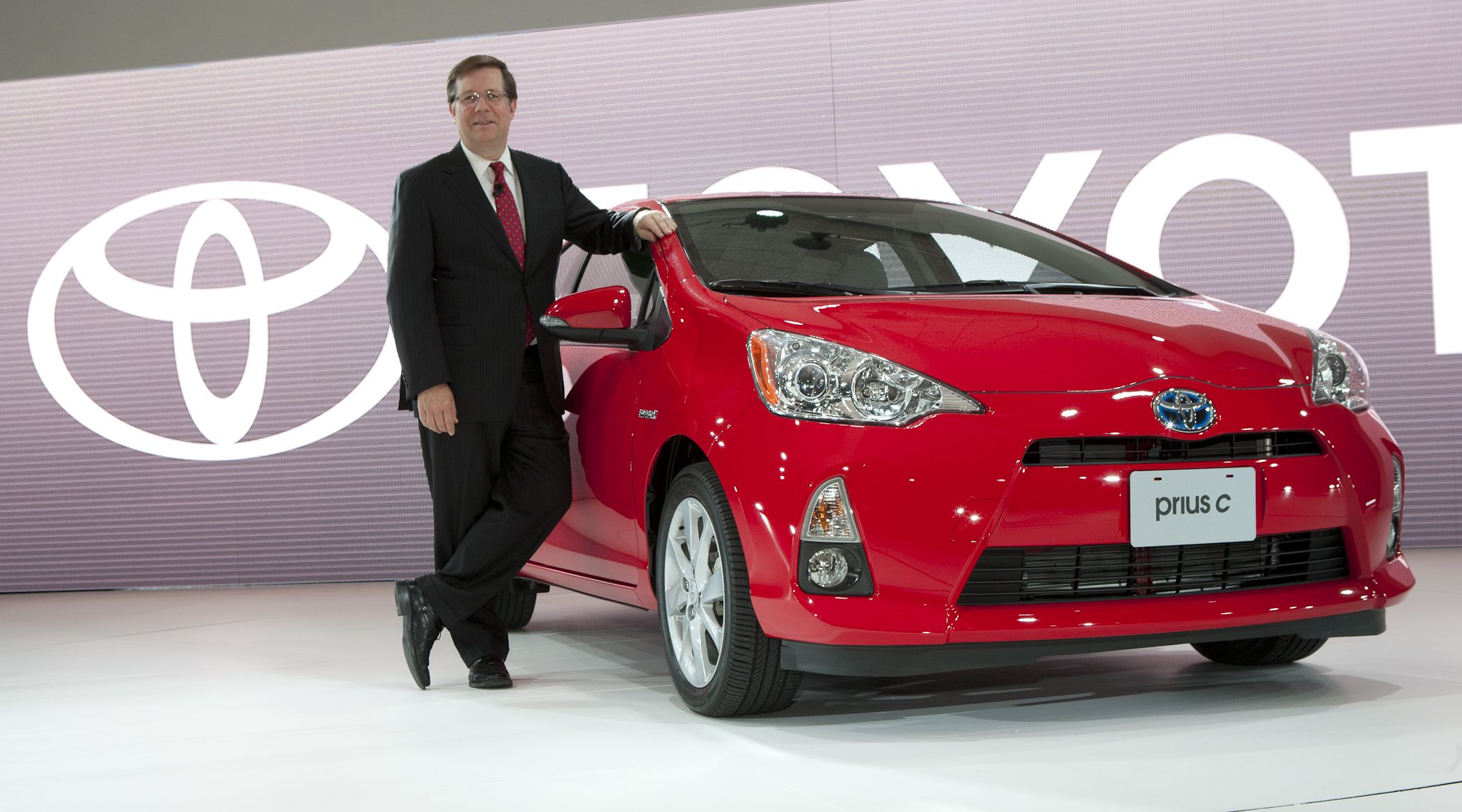 Toyota Shows New 2012 Prius c in Detroit