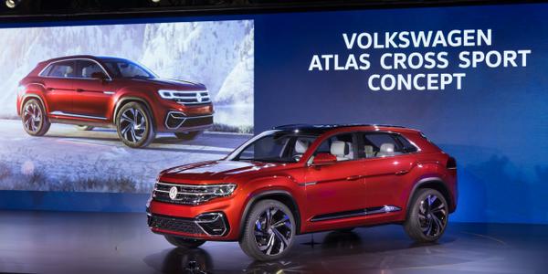 Photo of Atlas Cross Sport concept courtesy of Volkswagen.