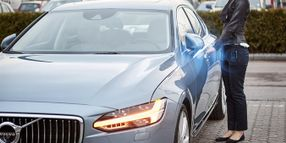 Volvo's Mobile App Option Replaces Car Keys
