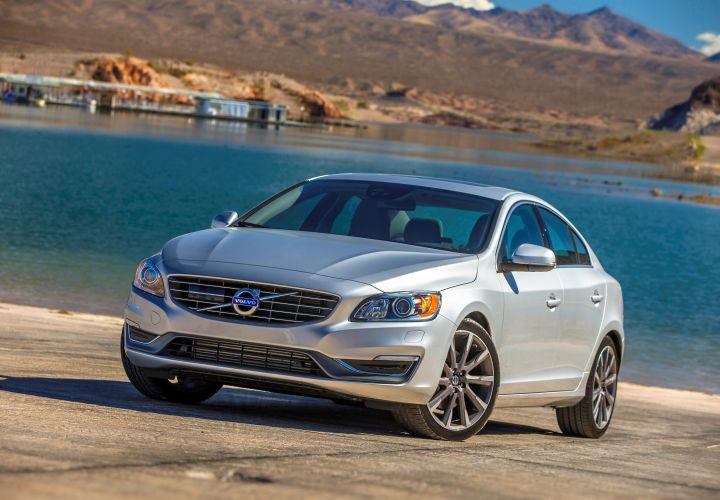 Volvo Announces 2015-MY Fleet Incentives