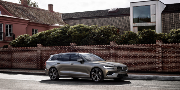 Photo of 2019 V60 courtesy of Volvo.