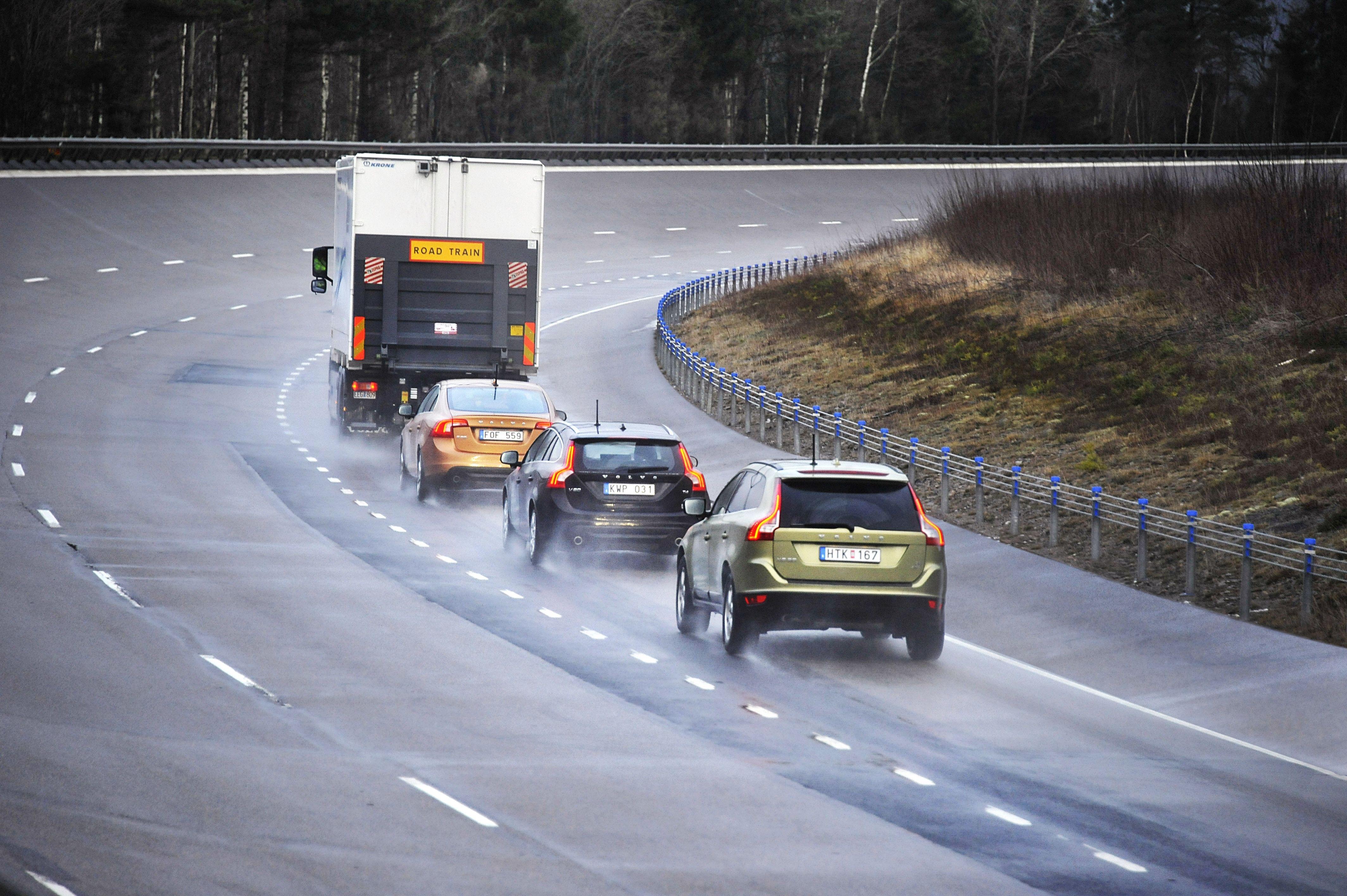 Volvo Participates in Successful 'Road Train' Project