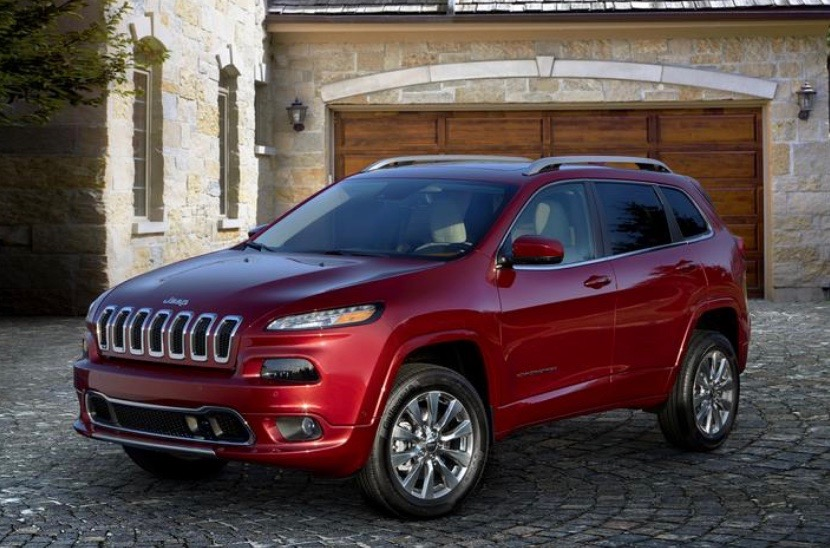 Jeep Cherokee, Compass SUVs Recalled for Stalling
