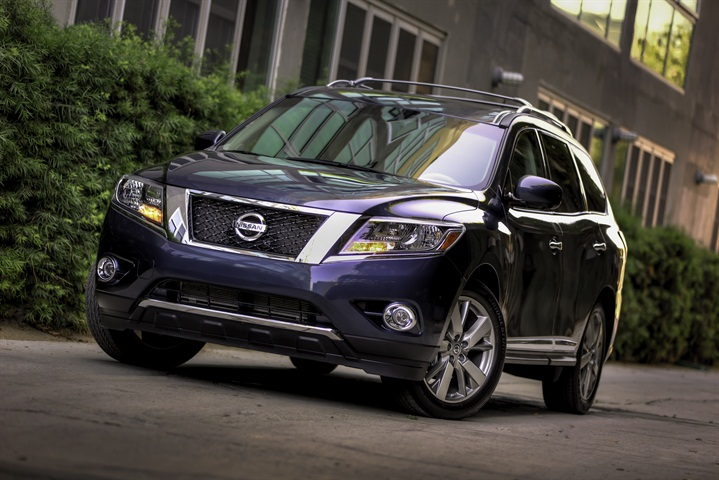 Nissan Recalls Pathfinders for Brake Light Switch