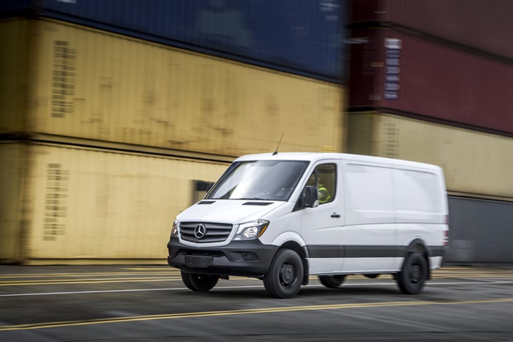 Sprinter Vans Recalled for Fire Risk