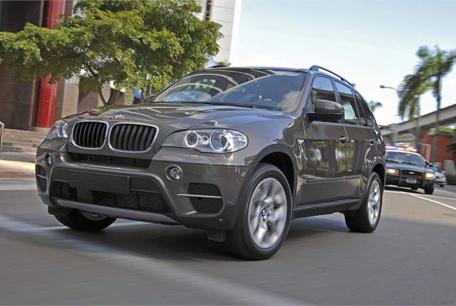 Photo of X5 xDrive35i courtesy of BMW.