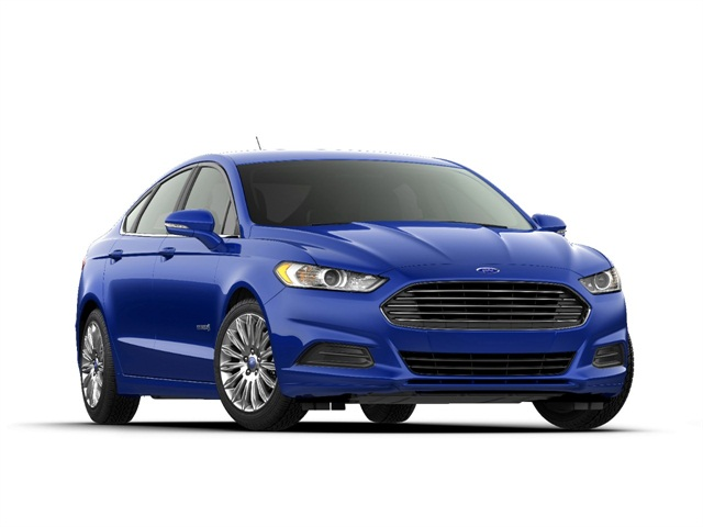 Photo of 2014 Ford Fusion Hybrid courtesy of Ford.