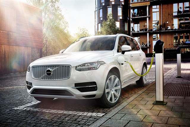 Photo of the XC90 courtesy of Volvo.