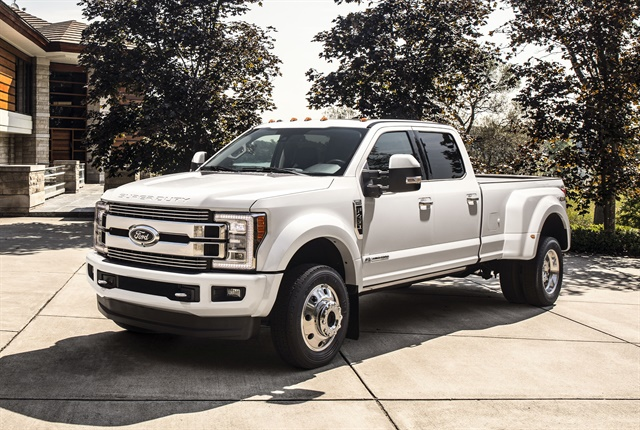 The 2018 Super Duty F-450 4x2 dual-rear-wheel pickup will be available this winter in XL, XLT, Lariat, and Platinum series offerings. (Photo courtesy of Ford.)