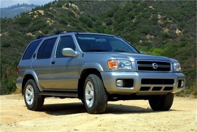 Photo of 2003 Pathfinder courtesy of Nissan.