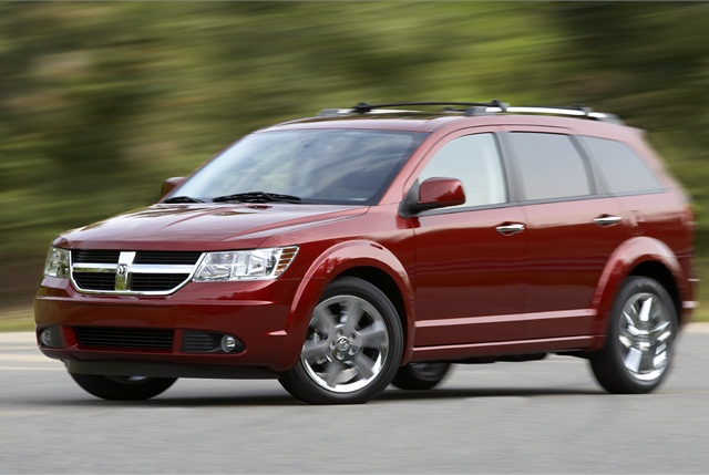 Photo of 2010 Dodge Journey courtesy of Chrysler Group.
