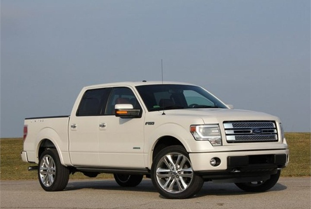 Photo of 2014 F-150 Limited via German Medeot/Flickr.