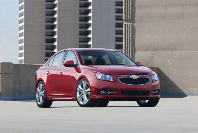 Photo of 2014 Chevrolet Cruze courtesy of General Motors.