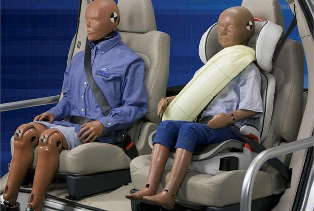 Ford's rear inflatable safety belt. Photo courtesy Ford.