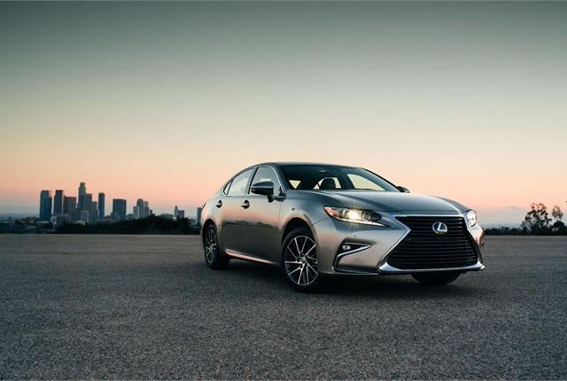 Photo of Lexus ES 350 courtesy of Lexus.