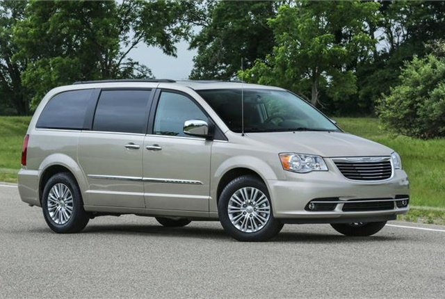 Photo of Chrysler Town & Country courtesy of FCA.