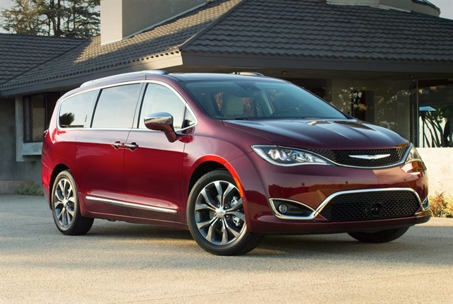 Photo of the Chrysler Pacifica courtesy of Chrysler.