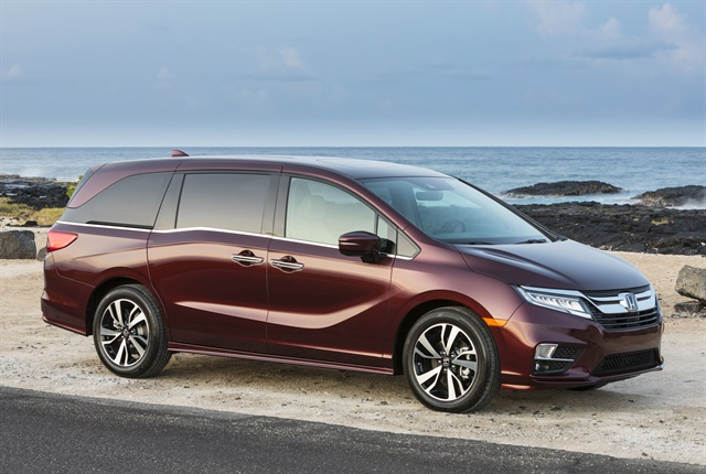 Photo of 2018 Odyssey courtesy of Honda.
