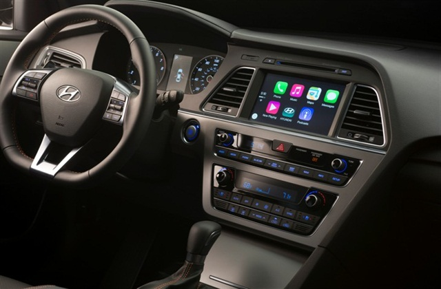 Photo of 2015 Sonata equipped with Apple CarPlay courtesy of Hyundai.