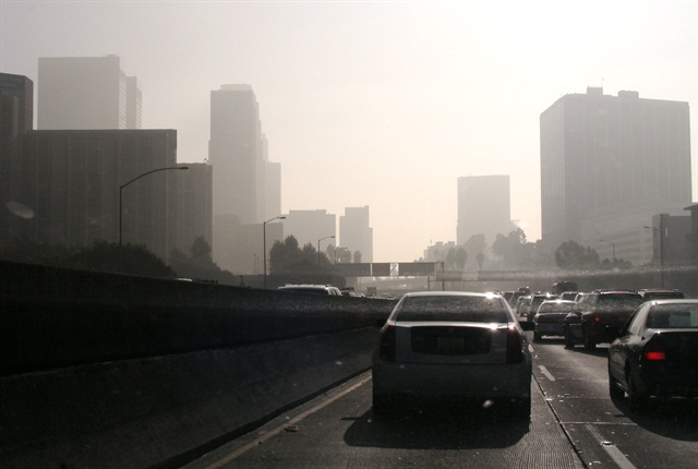 Photo of Los Angeles via Wikipedia.