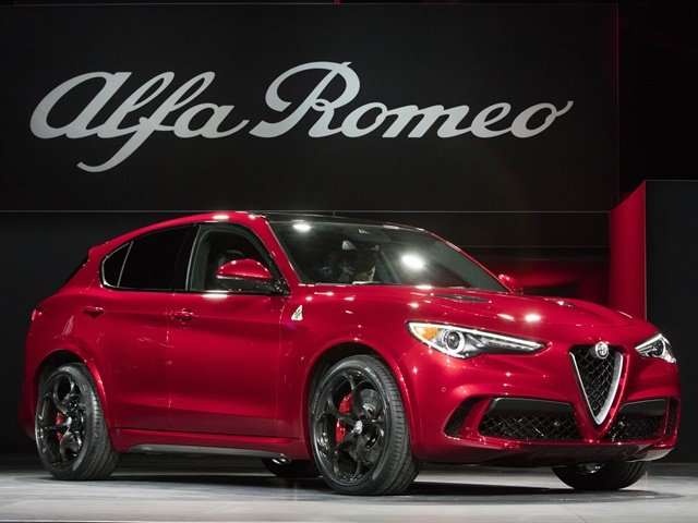 Photo of 2018 Alfa Romeo Stelvio courtesy of FCA.