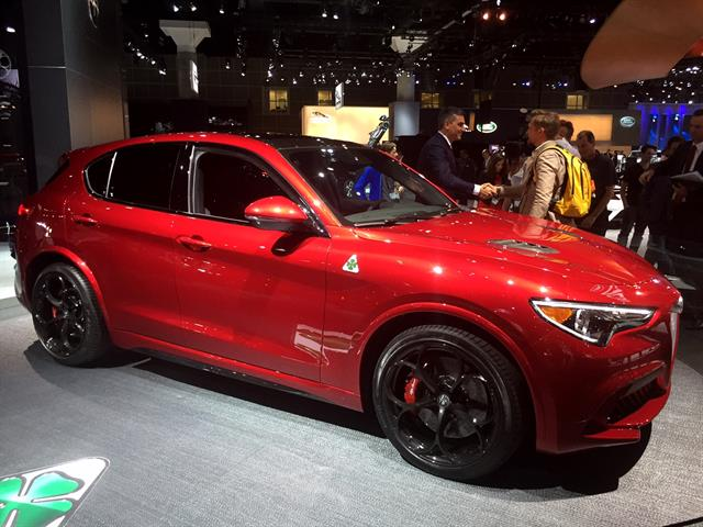 Photo of 2018 Alfa Romeo Stelvio by Paul Clinton.