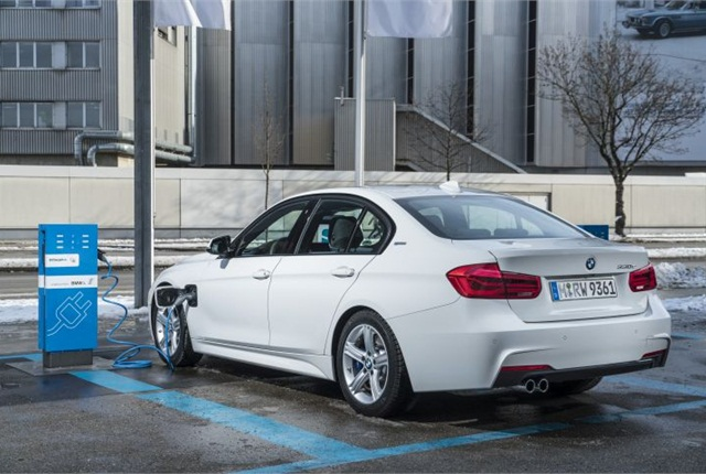 Photo of 2016 330e iPerformance courtesy of BMW.