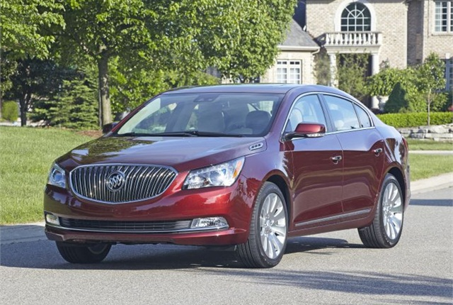 Photo of 2015 Buick LaCrosse courtesy of GM.