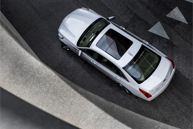 Photo of 2016 Cadillac CT6 courtesy of GM.
