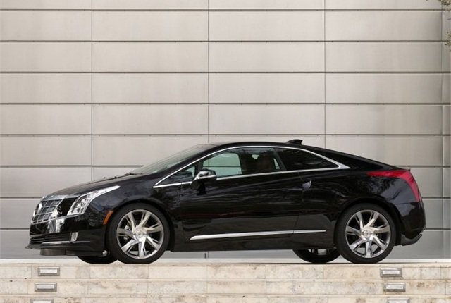 Photo of 2014 Cadillac ELR courtesy of GM.