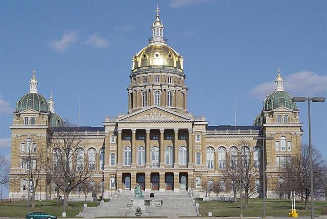 Photo via Cburnett/Wikimedia.
