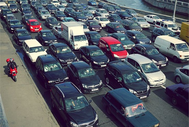 Photo of Moscow congestion from 2012 via Sergey Ivanov/Flickr.
