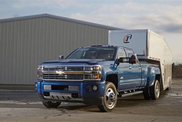 Chevrolet Silverado Adds Camera System Tow Prep Package