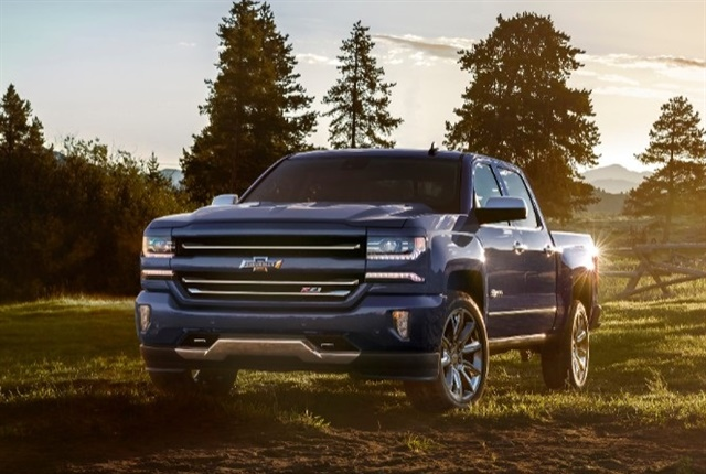 Photo of the 2018 Silverado 1500 Centennial Edition courtesy of Chevrolet.