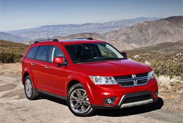 Photo of 2015 Dodge Journey courtesy of FCA US.