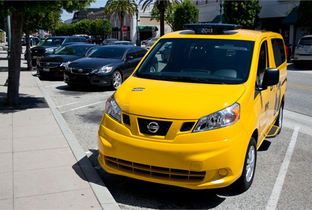 Photo of Nissan NV200 by Vince Taroc.