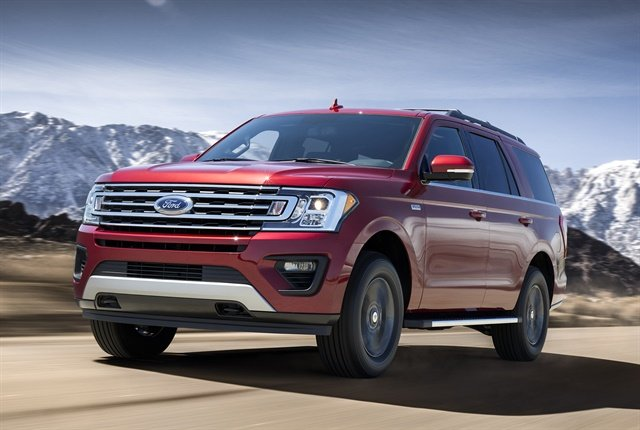 Photo of 2018 Expedition FX4 courtesy of Ford.