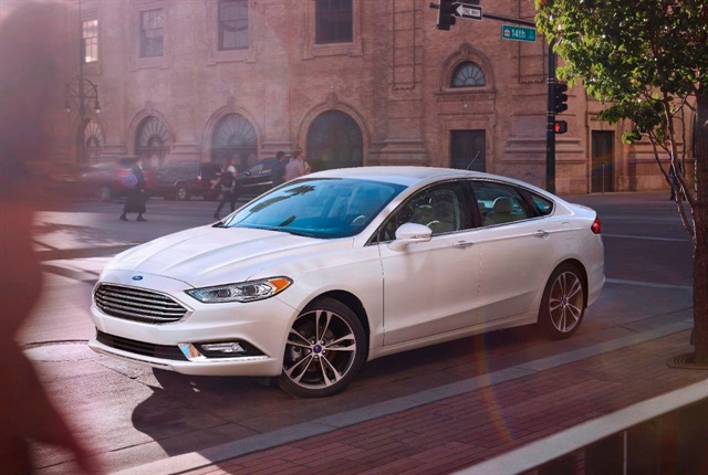 Photo of the Mondeo Energi courtesy of Ford.