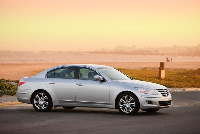 Photo of 2011 Hyundai Genesis courtesy of Hyundai.
