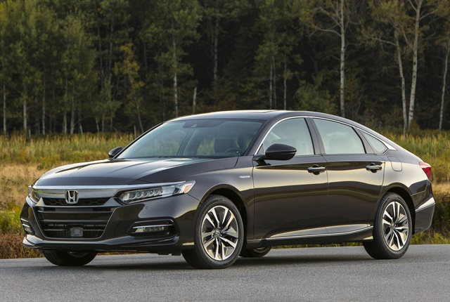 Photo of 2018 Accord Hybrid mid-size sedan courtesy of Honda.
