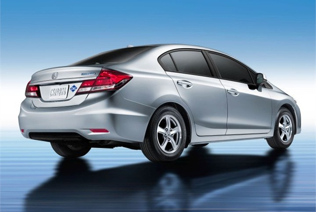 Photo of 2014 Civic Natural Gas courtesy of Honda.