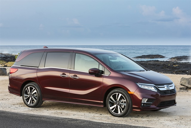 Photo of 2019 Odyssey minivan courtesy of Honda.