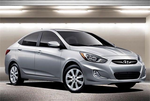 Photo of 2013 Accent courtesy of Hyundai.